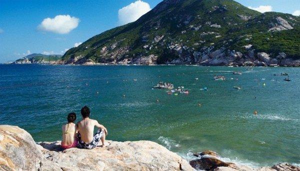Bãi tắm ở làng chài Shek O rất nổi tiếng ở Hong Kong